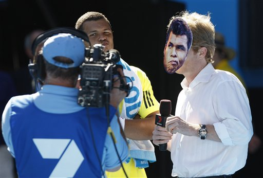 Tv_presenter_jim_courier